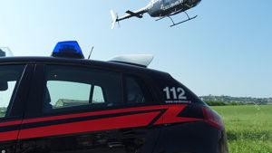 elicottero-e-auto-carabinieri-2