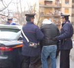 Chiede finanziamento con documenti falsi, arrestato