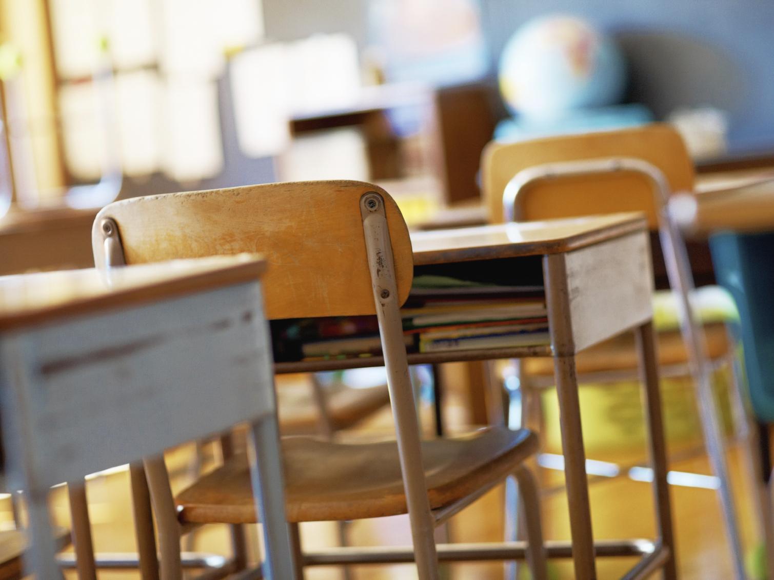 banchi-di-scuola