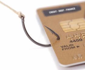 Solofra , accede al conto on-line dell'amico e preleva 2.600 euro, denunciato