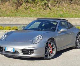 Incassa l'assegno riprodotto di 39000 euro e non consegna Porsche, truffato Irpino