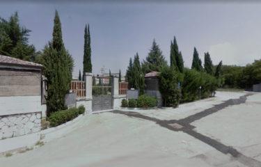Montoro, raid nella notte al cimitero Le Querce, rubati centinaia di portafiori in rame