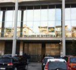 Tragedia al tribunale di Avellino, ex carabiniere di Montoro si accascia al suolo e muore stroncato da un infarto