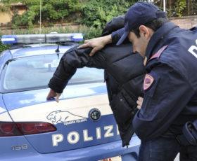 Battipaglia. Contrasto allo spaccio di droga: arrestato un giovane spacciatore dalla Polizia