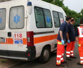 Incidente in litoranea tra Salerno e Pontecagnano, scontro tra due auto. Tre in ospedale