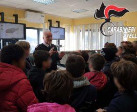 """Avellino – Cultura della legalità. Gli alunni del convitto nazionale """"P.Colletta"""" in visita al comando provinciale Carabinieri"""