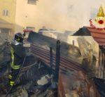 Montoro. Incendiati due depositi di legno e lamiera vicino un'abitazione rurale