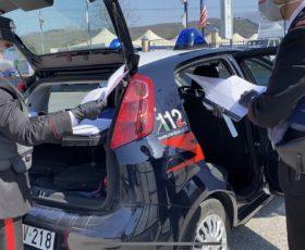 Lo fermano a Montoro per un controllo, lui esibisce tesserino falso della polizia municipale, denunciato 60enne