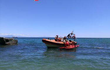 Si sente male in spiaggia, 20enne soccorso dalla Guardia Costiera