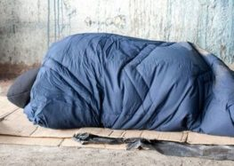 Ondata di freddo e Gelo, l'Arcidiocesi di Salerno apre uno spazio attrezzato per il ricovero notturno per i senzatetto e i bisognosi