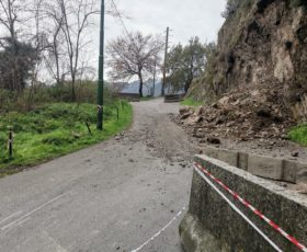 Cava de Tirreni, rispristinata la strada in localiatà Petrellosa