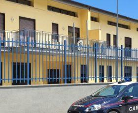 MONTEFORTE IRPINO (AV) – IN CARCERE IL 34ENNE CHE UBRIACO AGGREDÌ I PASSANTI E MINACCIÒ I CARABINIERI.