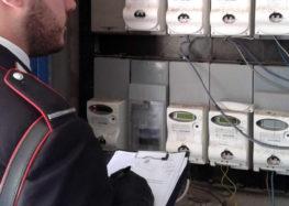 Grottaminarda (Av). Ruba energia elettrica con allaccio abusivo al contatore condominiale