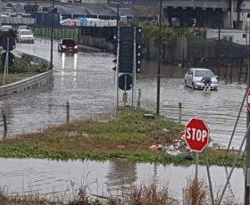 Ad Angri e San Marzano esonda il fiume Sarno: 30 famiglie evacuate