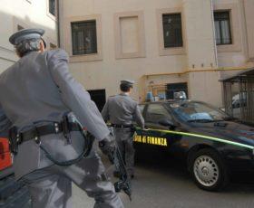 Bancarotta fraudolenta, la guardia di finanza sequestra beni e denaro per 21 milioni di euro. Indagate 40 persone